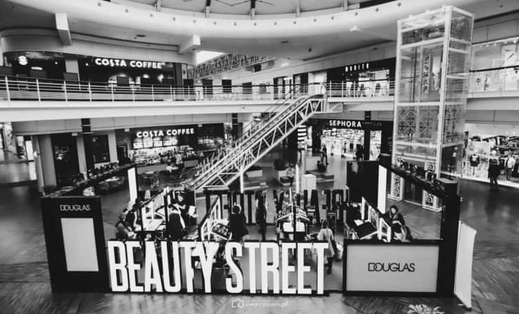 Douglas Beauty Street - uwiecznieni.pl
